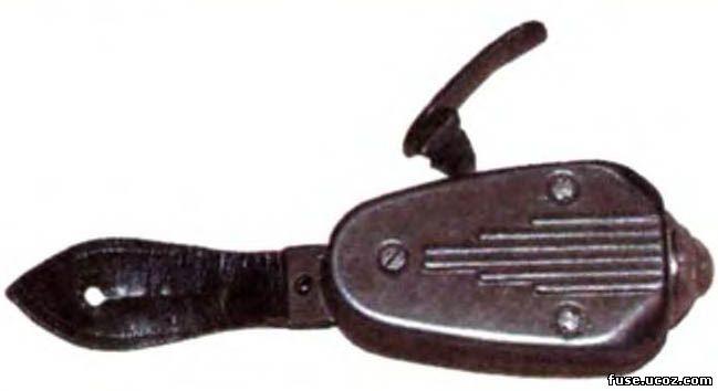 безбатарейный фонарик немецких военослужащих